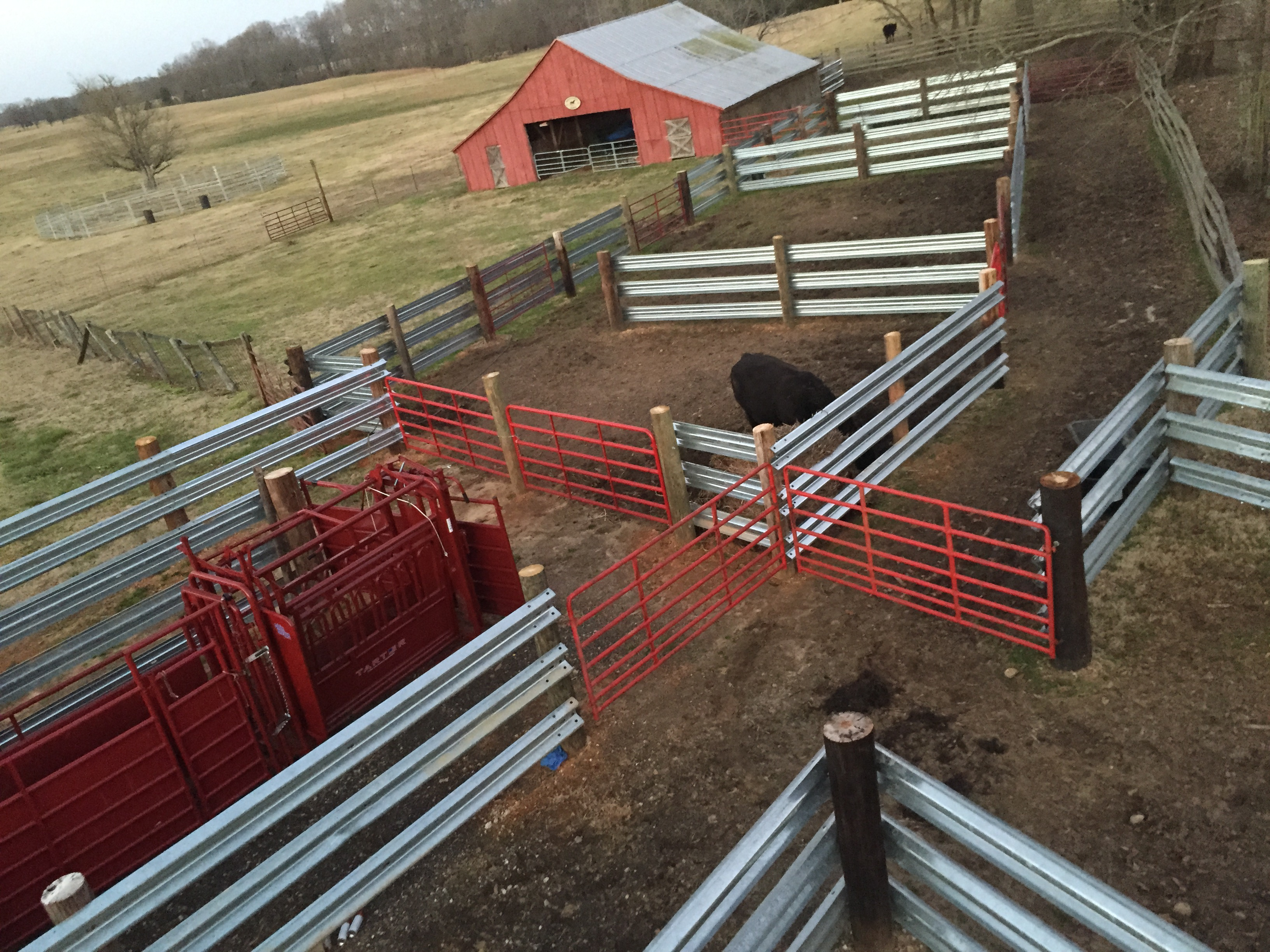 26 foot W-Beam Guardrail for corrals, feed bunks, cattle fencing and arenas