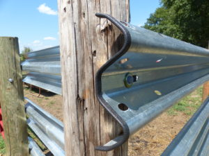Rail-Trim for Guardrail